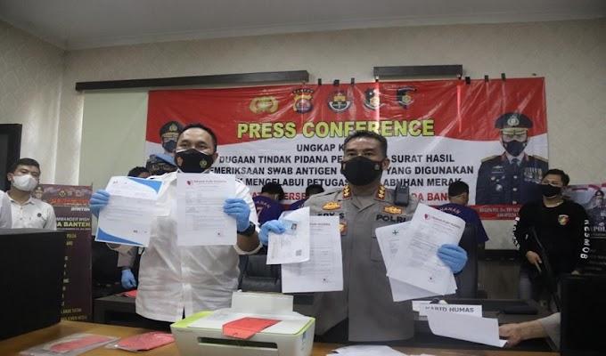 Ditreskrimum Polda Banten Berhasil Tangkap 5 Tersangka Pemalsuan Hasil Swab di Pelabuhan Merak