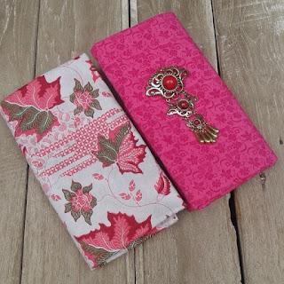 Kain Batik dan Embos 832 Pekalongan Motif Daun Pink