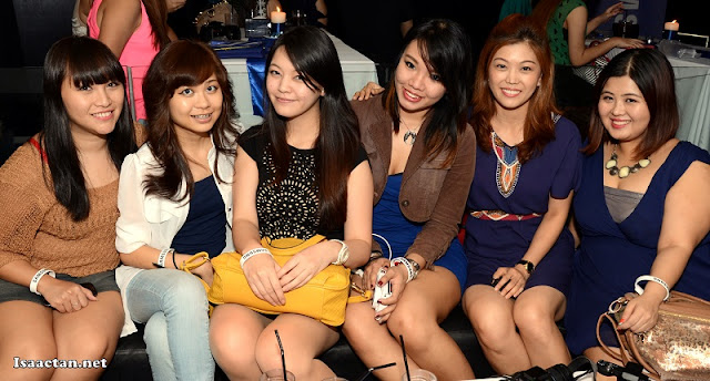 Pretty bloggers were present for the event too!