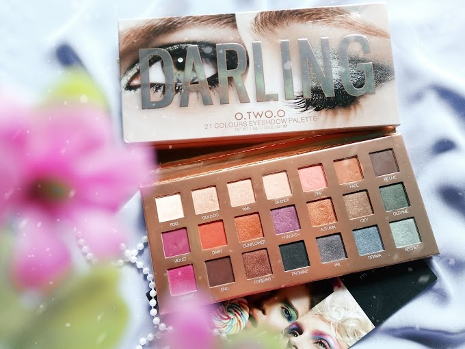 Review + Swatches O.TWO.O Darling Eyeshadow Palette