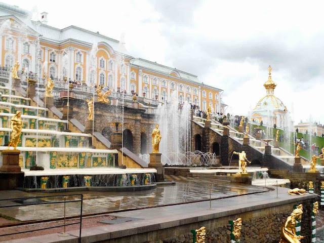 Peterhof and its Grand Cascade