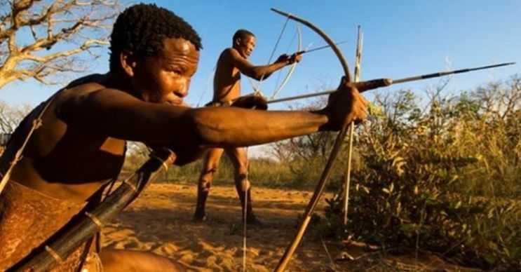 Adaya çıkan firari bir mahkum, kabile üyeleri tarafından öldürüldü.