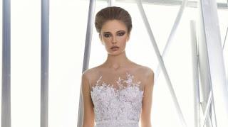 modelo de vestido de noiva com falso tomara - que - caia