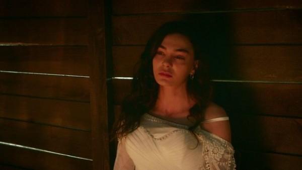 ملخص الحلقة 3 من مسلسل زهرة الثالوث :انتحار ريان