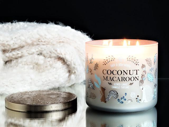 Coconut Macaroon Bath & Body Works avis, bougie coconut macaroon bath & body works avis, coconut macaroon candle, blog bougie parfumée, bougie parfumée gourmande, avis bougie, bath & body works france