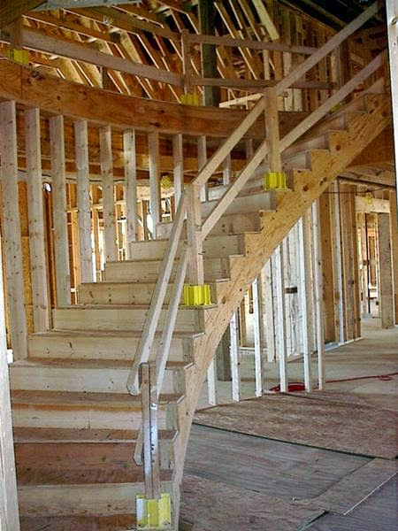 How to Build a Curved Staircase picture