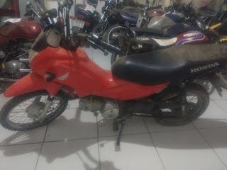 Guarnição Policial recupera moto roubada circulando no município de São Vicente do Seridó