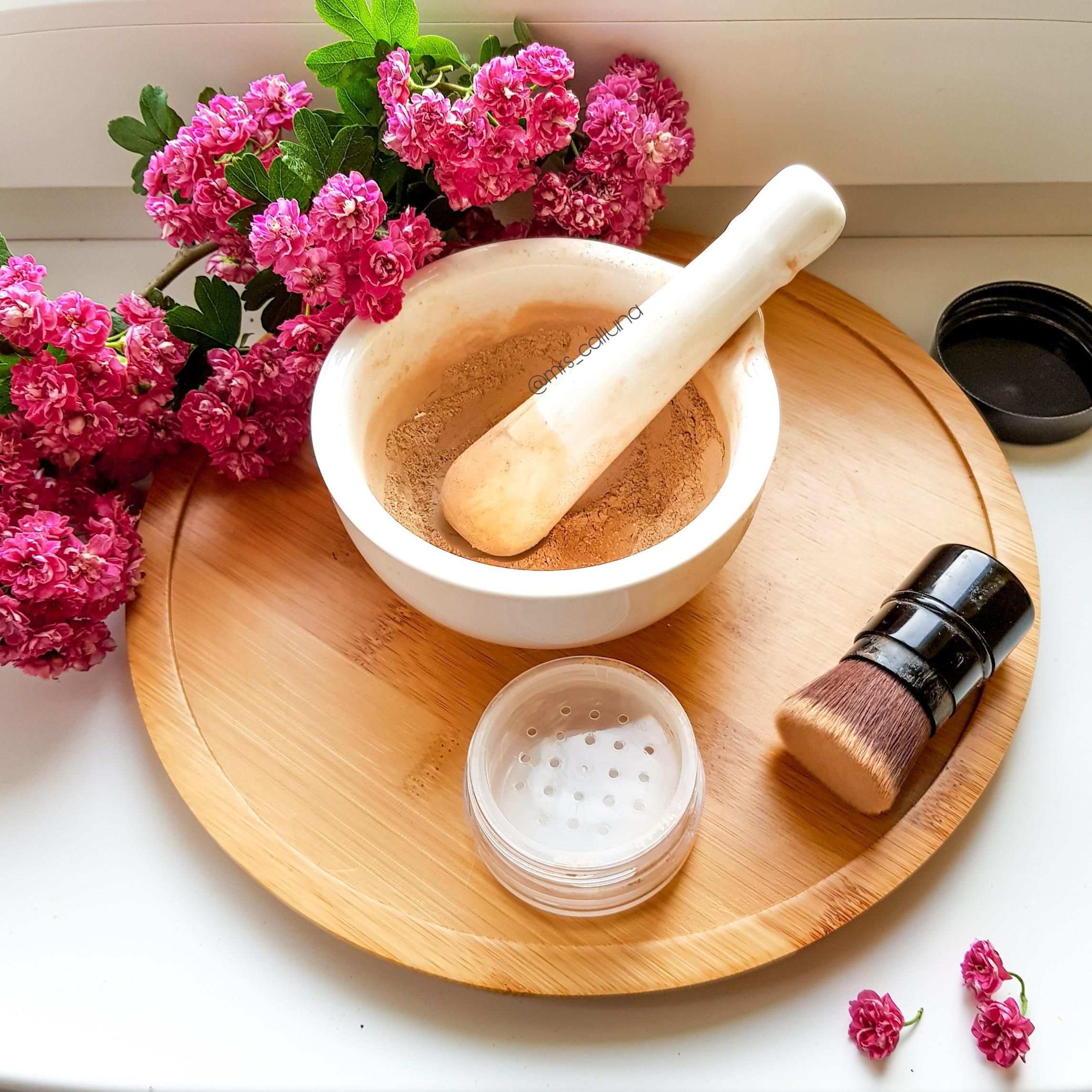 Jak zrobić domowy kosmetyk do makijażu