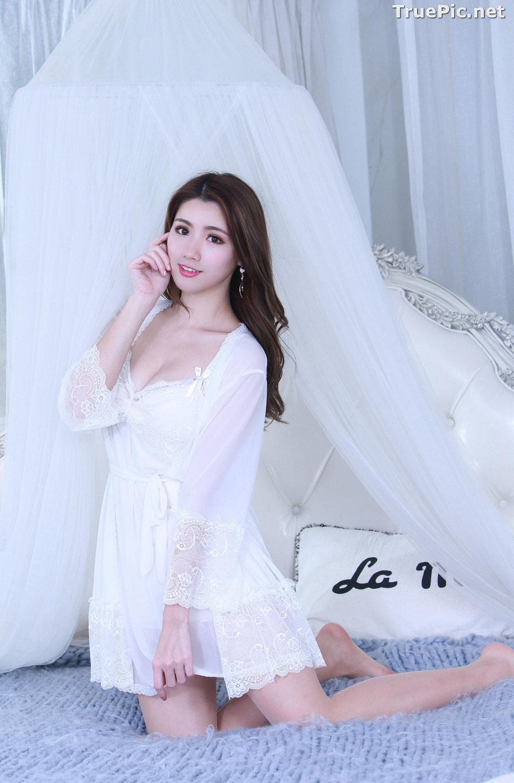 Image Taiwanese Model - 張倫甄 - Lovely and Beautiful White Sleepwear - TruePic.net - Picture-5