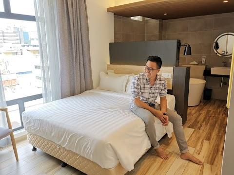 PENGALAMAN MENGINAP DI SISISENI HOTEL KUALA LUMPUR