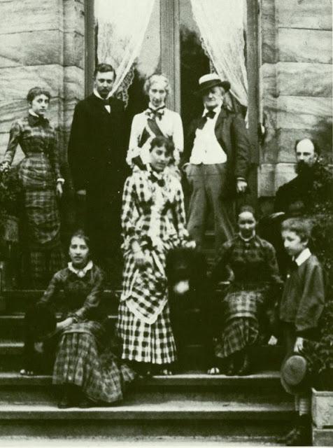 Wagner_family_1881.jpg