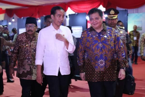Setahun Jokowi-Maruf, Ujang Komarudin: Sejahterakanlah Rakyat, Bukan Pejabat
