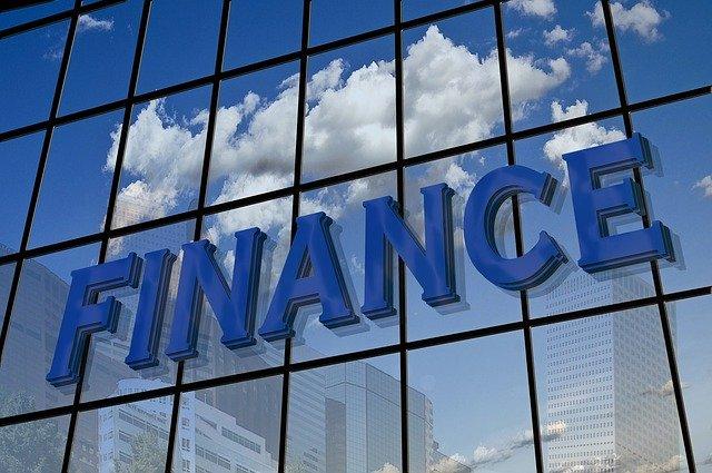 Perbedaan Investasi forex dengan saham?