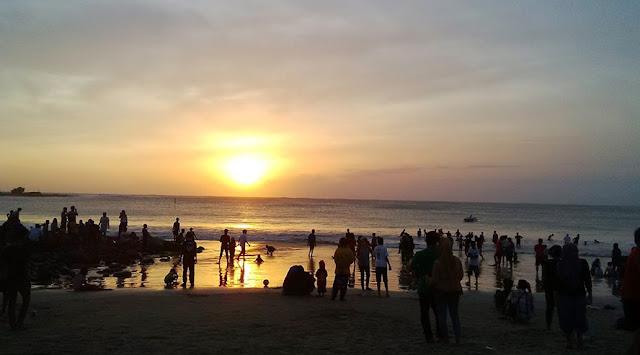 Sunset di Pantai Santolo Garut Jawa barat
