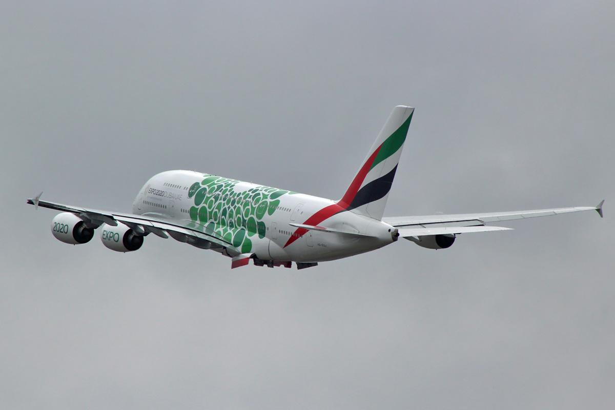 A380 - A6-EOJ