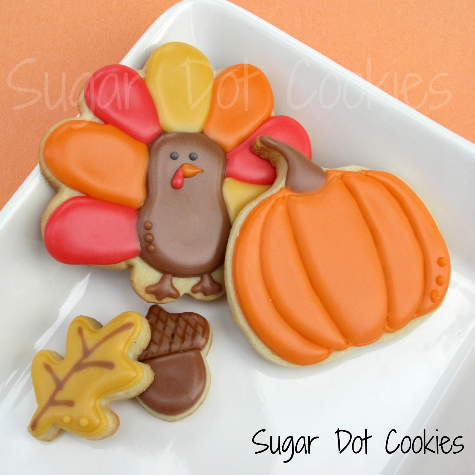 Sugar Dot Cookies: Thanksgiving Sugar Cookies with Royal Icing Glaze