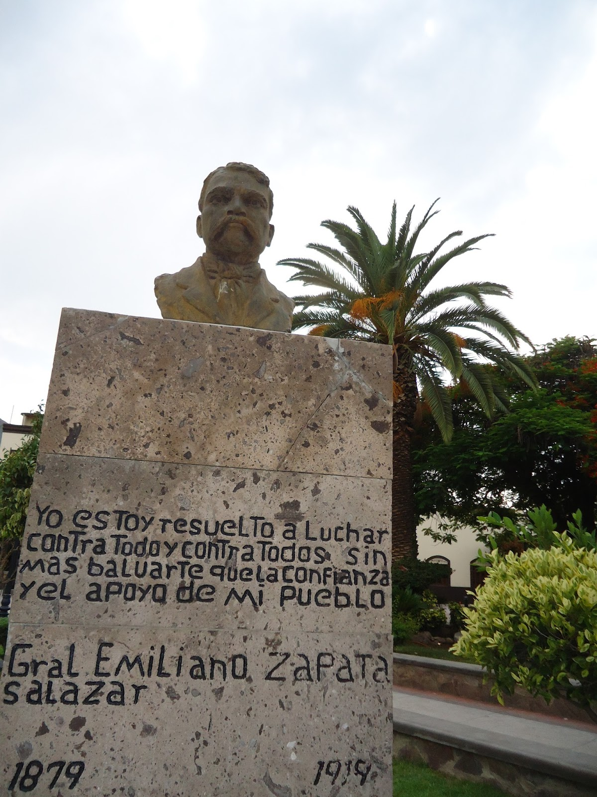 Sancarlosfortin plaza jardin kiosko y estatuas de - Estatuas de jardin ...
