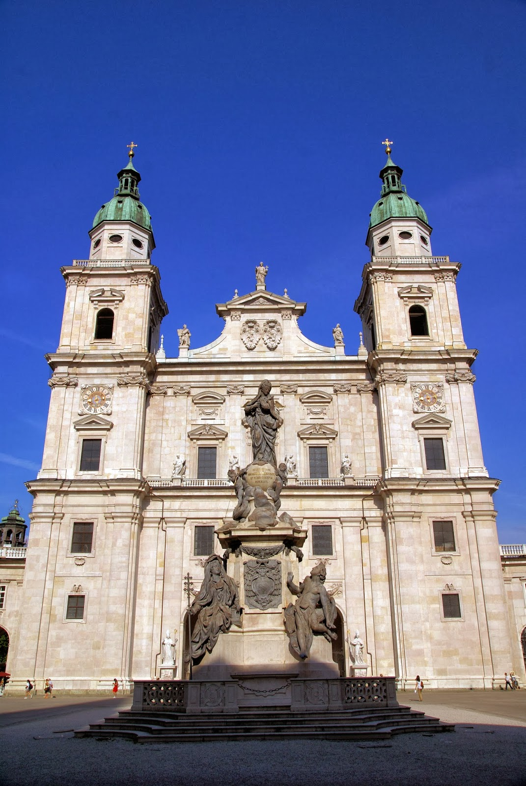 Salzburg Cathedral in the center of Altstadt or Old Town. Photo: WikiMedia.org.