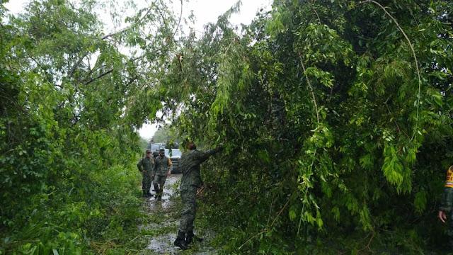 Militares recorren el oriente yucateco en auxilio a la población
