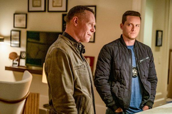 """NUP 187866 0435 595 - Chicago PD (S07E01) """"Doubt"""" Season Premiere Preview + Sneak Peek"""