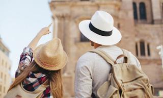 Μόνο με τα ταξίδια γινόμαστε πλουσιότεροι