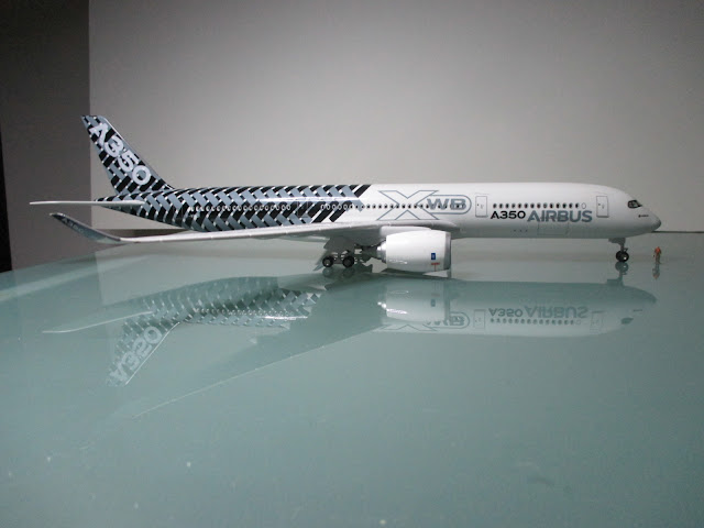 1/144 Airbus A350 XWB diecast metal aircraft miniature