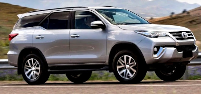 Toyota Fortuner SW4 2017