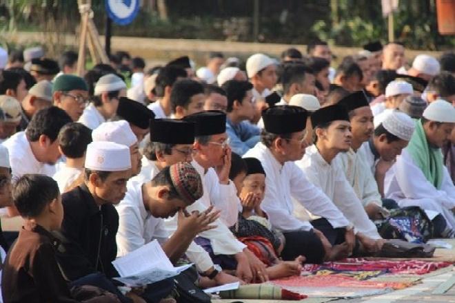 Pemerintah Izinkan Salat Idul Adha dan Penyembelihan Kurban di Lapangan