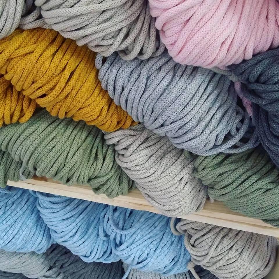 Sznurki bawełniane do makramy w Papierowe Love - sklepie papierniczym i pracowni rękodzieła w Siechnicach.