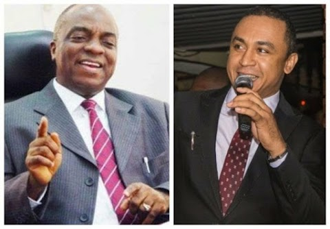 [News]:Daddy Freeze Apologizes To Bishop Oyedepo For Insulting Him