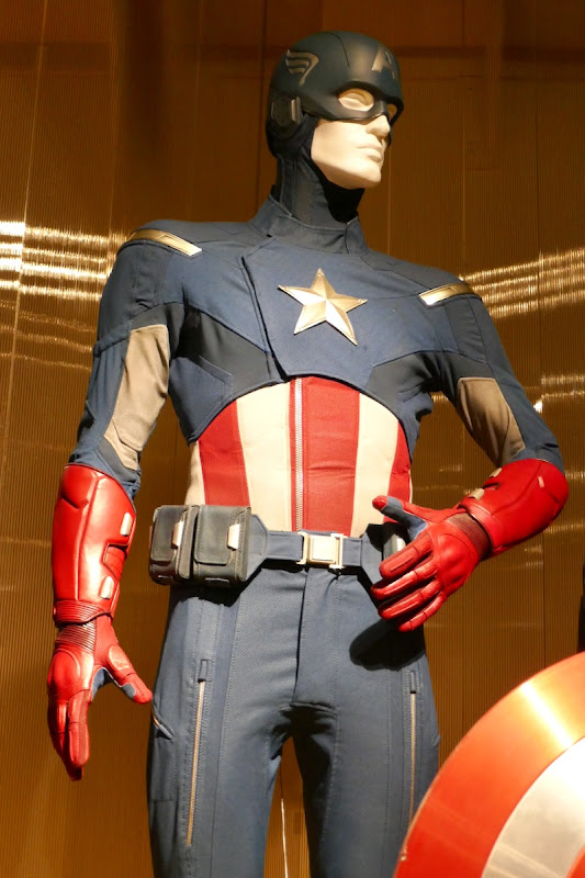 Chris Evans Captain America costume Avengers