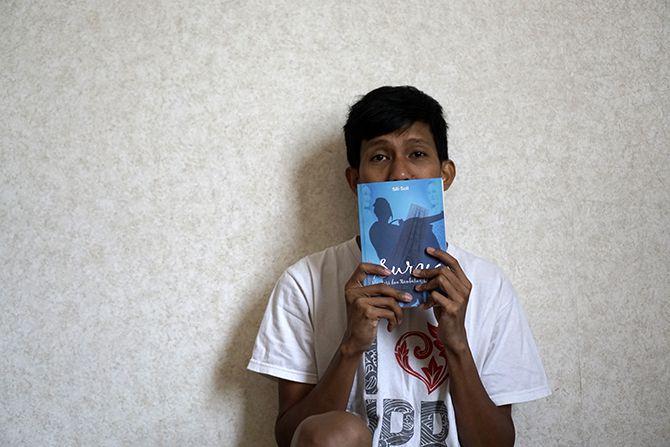 Saya dan Novel Surya, Mentari dan Rembulan
