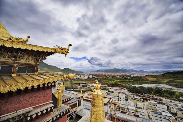 CAN THE BEST TIBETAN EXPERIENCE BE FOUND OUTSIDE OF TIBET?