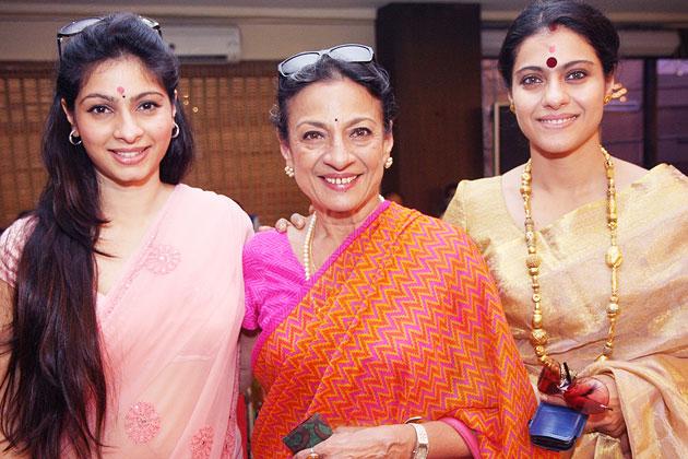 Kajol  with mother Tanuja and Sister Tanishaa Mukherjee