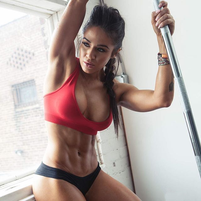 Fitness Model Brittany Coutu