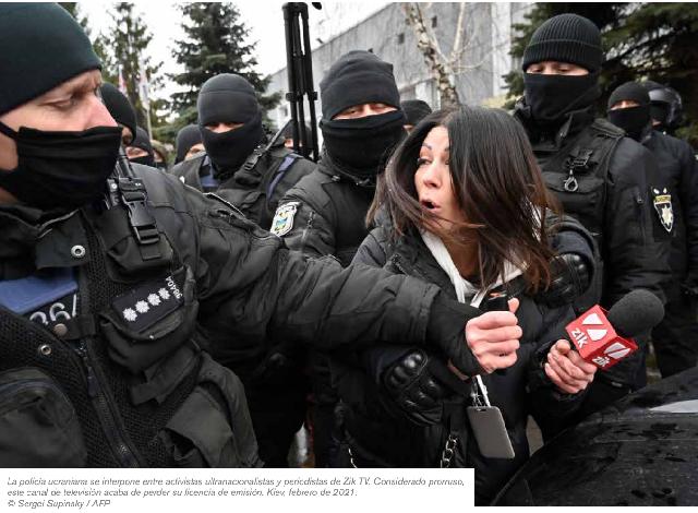 """Día Internacional de la Mujer: RSF publica su informe """"El periodismo frente al sexismo"""""""