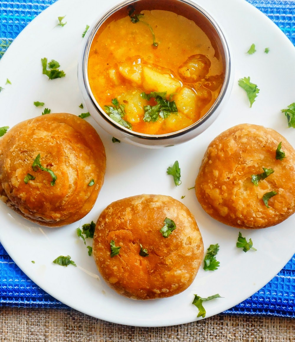 Kachori,Indian pastry,aloo ki sabji,potato curry
