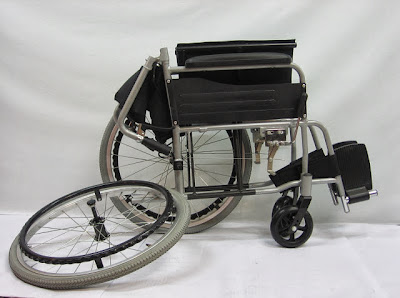 Quick release foldable backrest lightweight wheelchair
