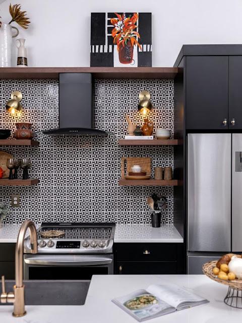 ห้องครัวขนาดเล็กโทนสีดำ-ขาว