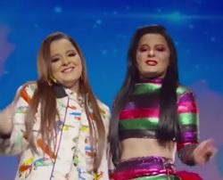 Maiara e Maraisa lançam clipe de Quem Ensinou Fui Eu