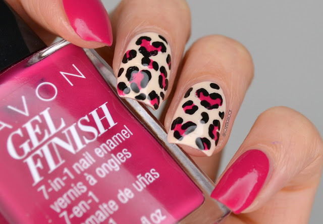Leopard-Heart-Nails