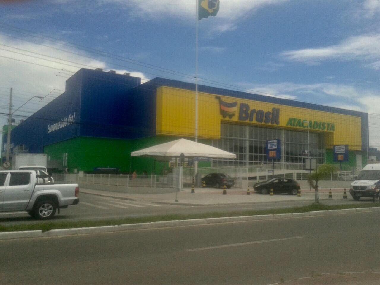 692e7262f ... dia 06 de dezembro de 2017, foi inaugurado o Brasil Atacadista também  muito próximo da nossa Pousada. Ele fica aberto das 07h as 2h da madrugada.