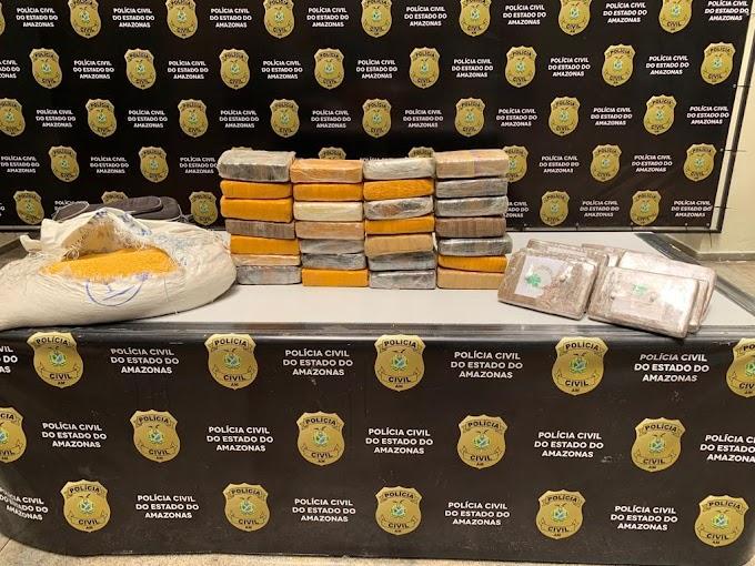 Polícia Civil e Receita Federal apreendem 37 kg de maconha do tipo skunk em embarcações vindas do interior do Estado