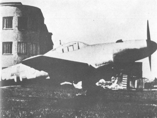 18 April 1941 worldwartwo.filminspector.com Me-262 V1 Prototype