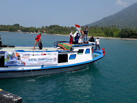 Alhamdulillah, Kapal Ramadhan ACT Lampung Berikan Sembako ke Tiga Pulau Berjalan Lancar