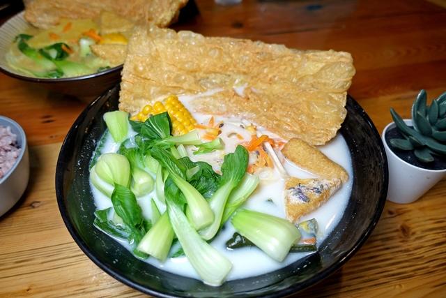 飯飯蔬食製研所、原世界街蔬覓、新竹素食