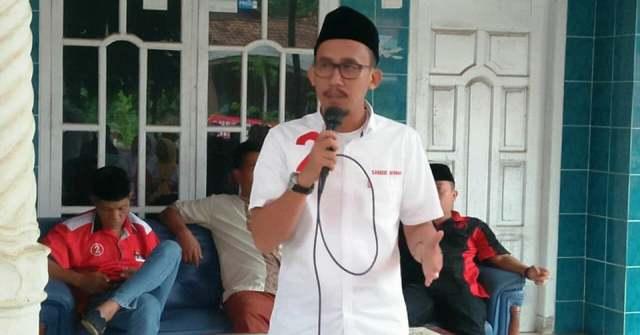 Relawan Jokowi: Henry Jangan Provokasi Orang Lampung Main Bacok Rocky Gerung