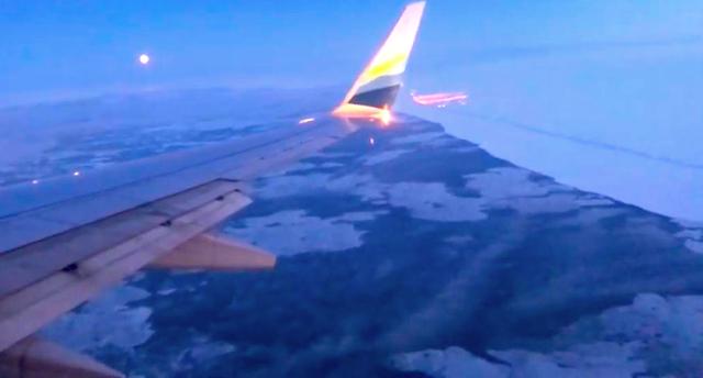 Utqiagvik (Barrow) Alaska from approaching plane (C) 2020 Supratim Sanyal