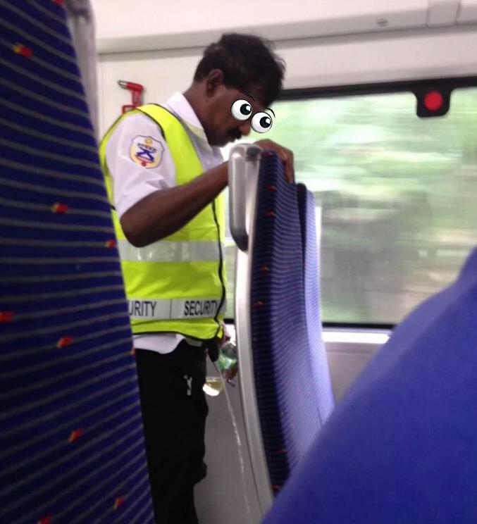 Lelaki Kencing Dalam Tren Protes Komuter Lewat? #KTMB