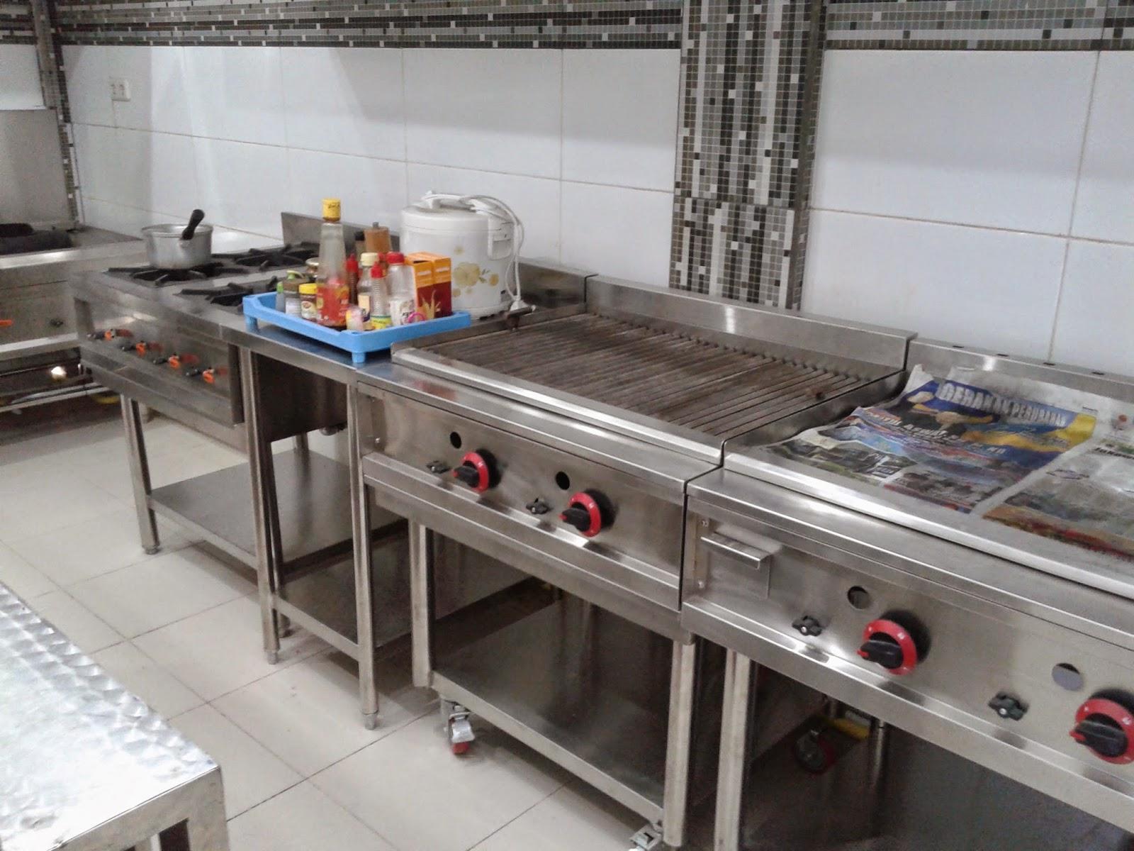 Kitchen set hotel kitchen set minimalis for Harga kitchen set stainless